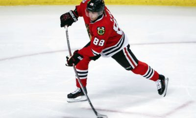 Chicago Blackhawks beat the Boston Bruins 3-1 on Sunday afternoon.